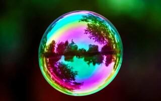 ✅Чому мильні бульбашки переливаються всіма кольорами веселки?